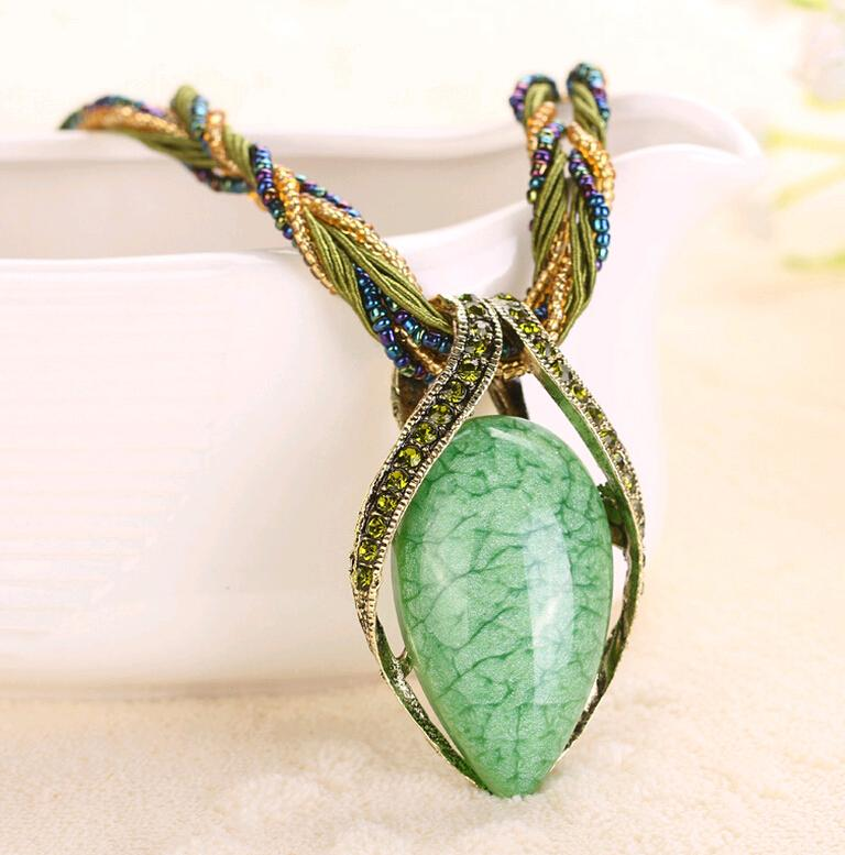 17colors Gem Stone Teardrop Kristall Anhänger Halsketten aushöhlen China Style National Bead und Seil Kette Schmuck 5pcs