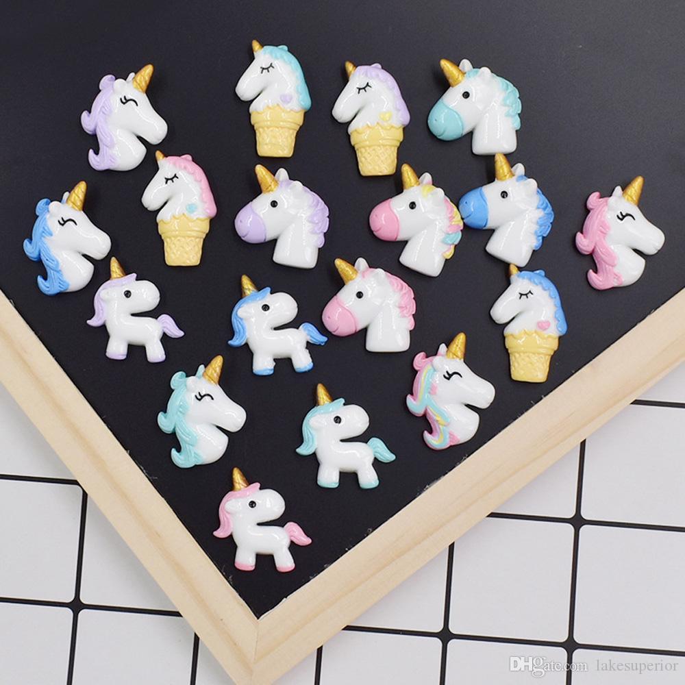 Jóias multistyle bonito Resina Unicorn DIY acessórios Cavalo animal dos desenhos animados Fazer Feitiços Componentes para dom partido cor aleatória