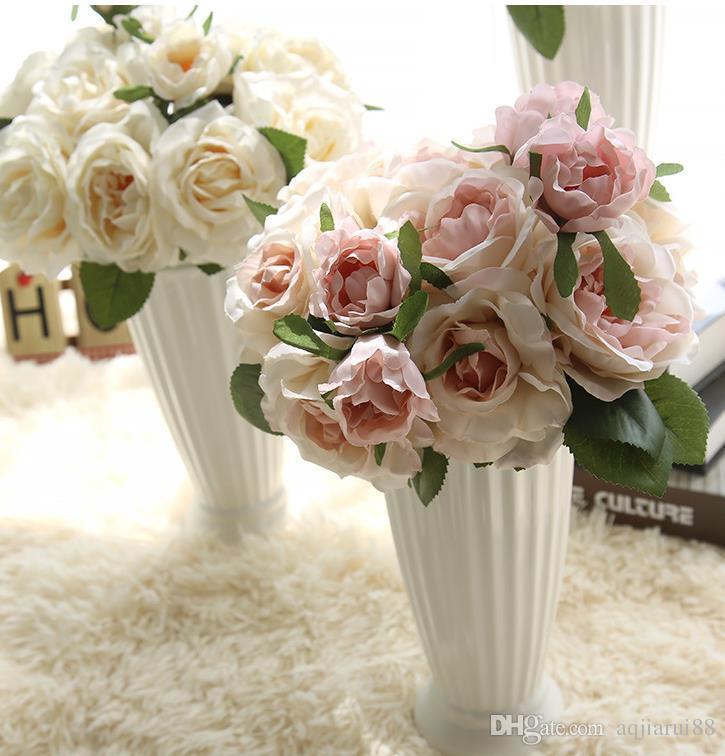 2018 Expedição Bonito Adorável bonito Artificial Rose Flower Bouquet Flores do casamento de noiva Bouquet Home Furnishing gratuito