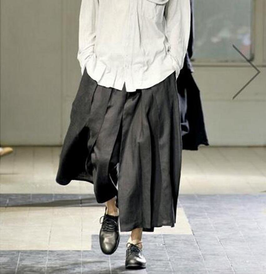 여유롭게 9 점에 걸쳐 커다란 야드와 도덕 성격을 길러주는 남성과 여성 패션 버전 바지 다리 / 커스텀 스커트