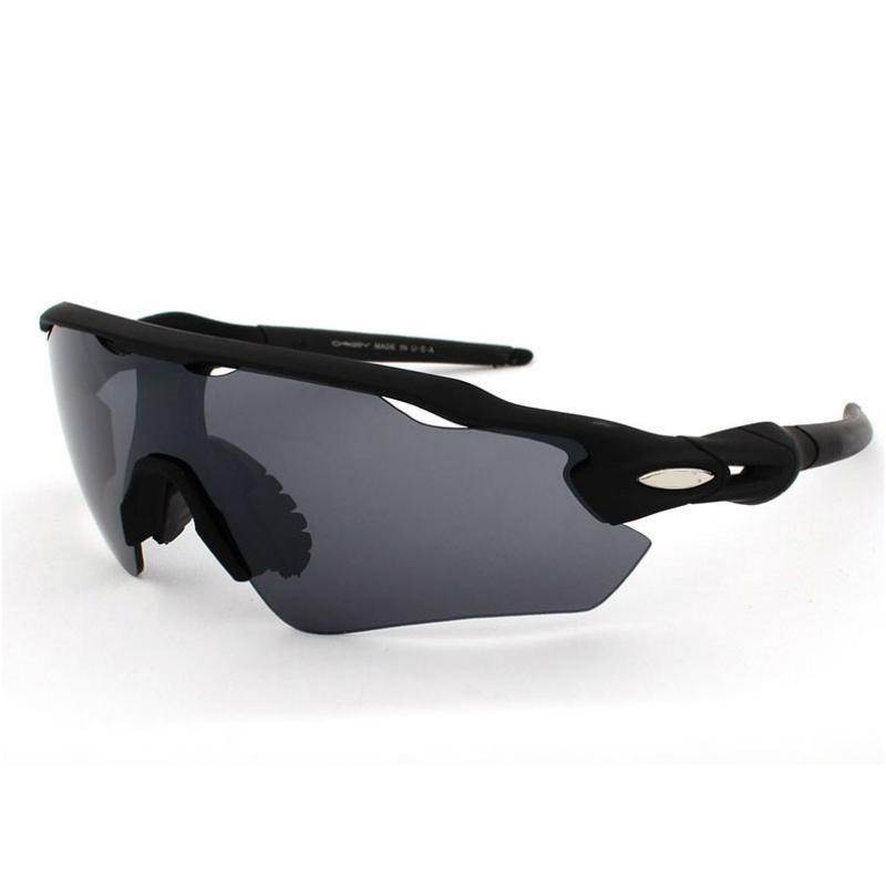 Gafas de sol para hombres estilo más nuevo Llegada Clásico Gafas de sol para hombre Calidad superior 10 El color puede ser seleccionado Famoso diseño Gafas deportivas al aire libre