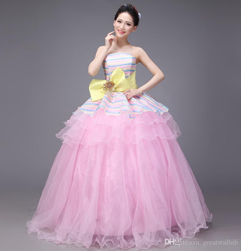Abito da ballo rosa con strascico rosa al 100%, abito medievale rinascimentale, abito vittoriano in stile vittoriano / stuido / Belle ball