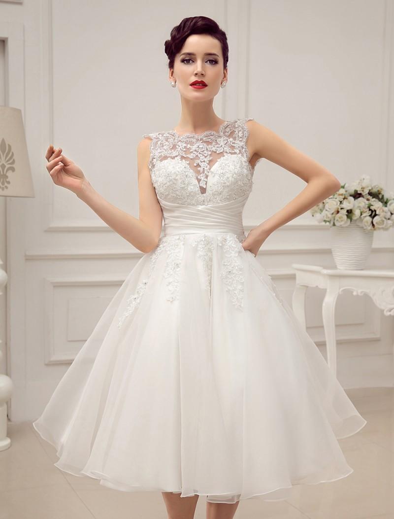 Discount Custom Made 2016 Knee Length Wedding Dress Beads And ...