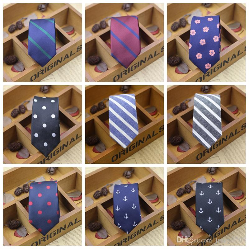 2016 NOUVEAUX Hommes 5 cm Cou en fibre de polyester Cravate Cravates Noeuds cravate Mode Homme Étroite Conception bout pointu Cravate Arder Cravates