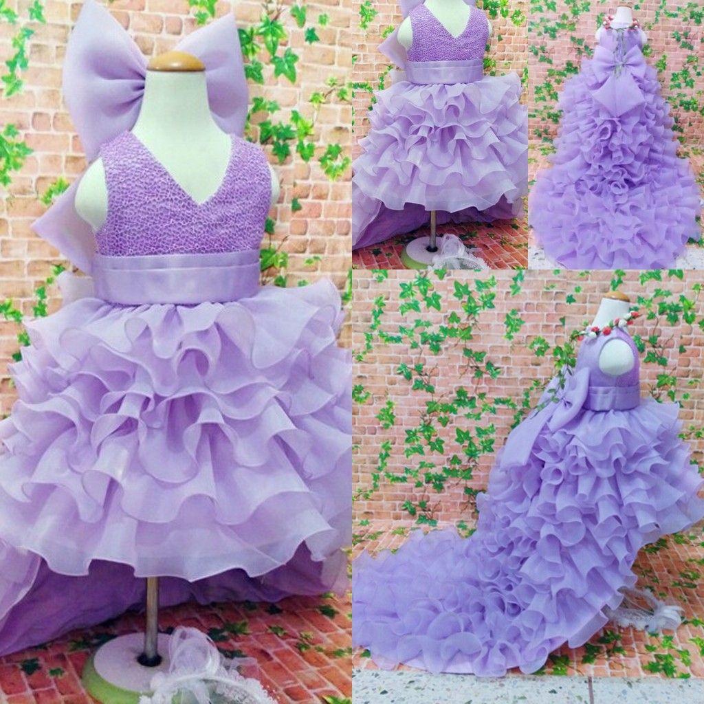 Purple High Low Flower Girl Dresses For Weddings Ruffles Layered Big Bow Gioiello Comunione Dress bambini Abbigliamento formale Ragazze Pageant Dress