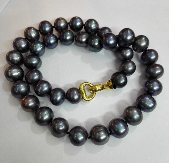 Collier de perles baroques noires de 12-13 mm avec perle d'eau douce naturelle