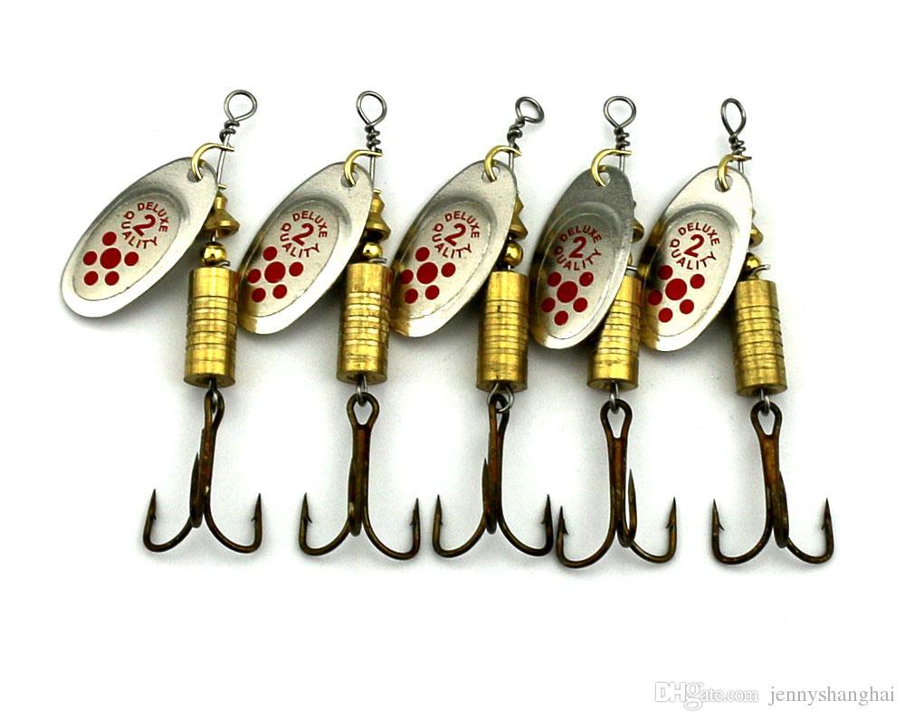 10pcs nuovo cucchiaio di metallo spinnerbait esche da pesca con ancorette wobbler scheggia paillettes esche 6.8CM-7.4G