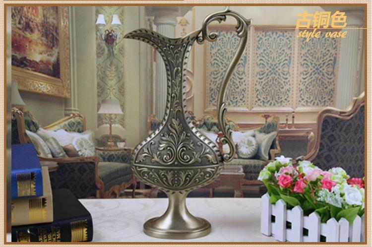 Europäischen Stil Vintage Home Vase Dekoration Mode Metall Tischplatte mit Barock Blume Geschnitzten Dekor Vase Kunsthandwerk Geschenk 3 Farben