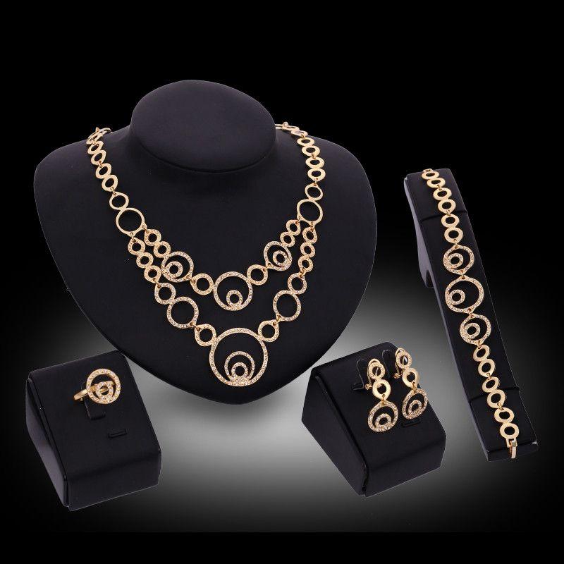 Bracciali Collane Orecchini Anelli Set di gioielli Moda di lusso Strass Oro 18K Placcato Cerchi in lega Gioielli Party Set di 4 pezzi JS167