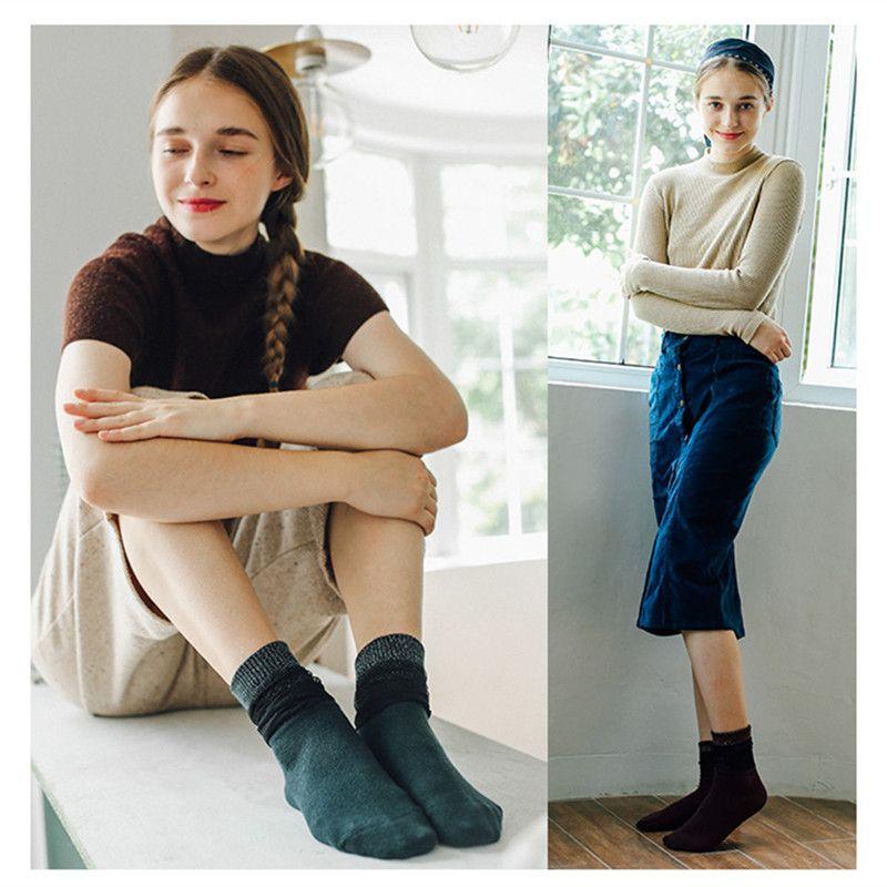 2017 New Fashion Autumn Winter socks women cotton retro Crape South Korea wind girls women loose socks wholesale