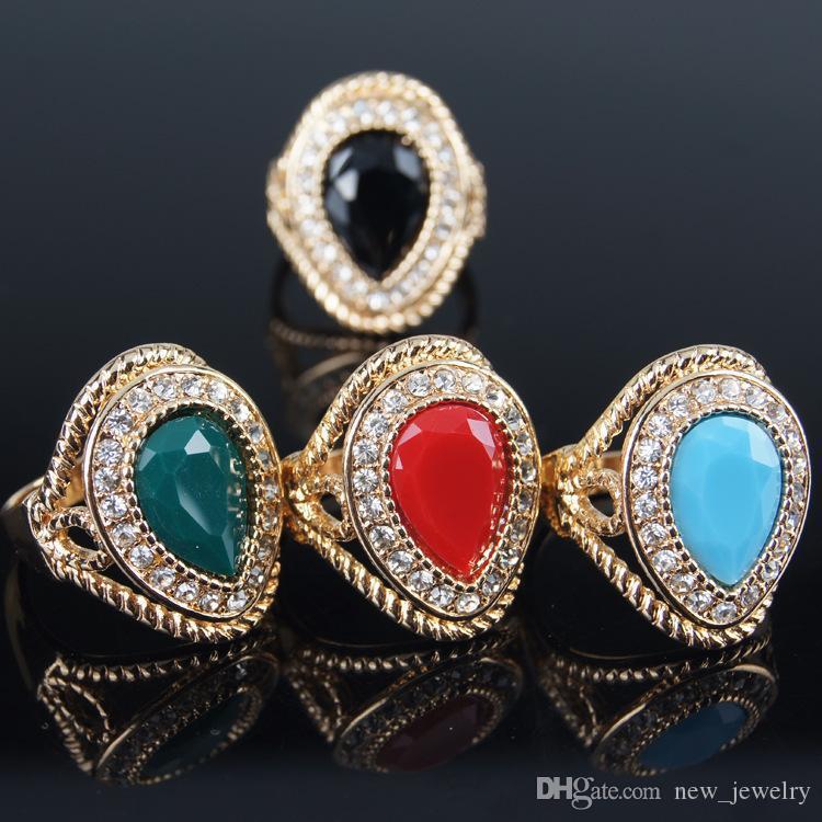 Heet vrouwelijke koningin ring edelstenen ringen delicate teardrop-vormige Oostenrijkse kristallen edelsteen ring 4 kleuren 18K vergulde