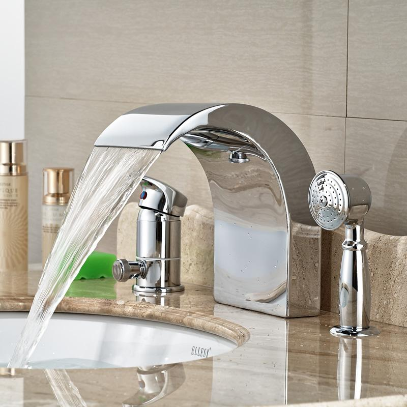 O cromo lustrou o torneira original do chuveiro da bacia de lavagem do projeto do bico para a plataforma do banheiro montada