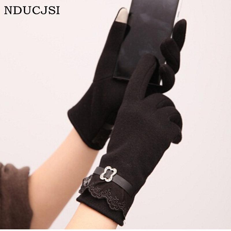 Großhandels-Winter-Spitze-Handschuh-Frauen-Fall-Strickwarme schnitzen Blumen-Guantes-Rot-Patchwork-Purple Luvas-Leder-Superqualitäts-voller Finger-Handschuh