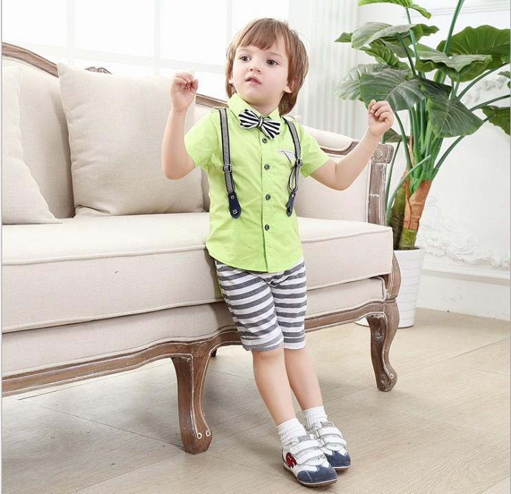 2016 Estate Ragazzi Style Set di abbigliamento per bambini Camicia a maniche corte per bambini + Bowtie + Pantaloni a righe 3pcs Set Completo per neonato Completi per bambini 80-120 cm