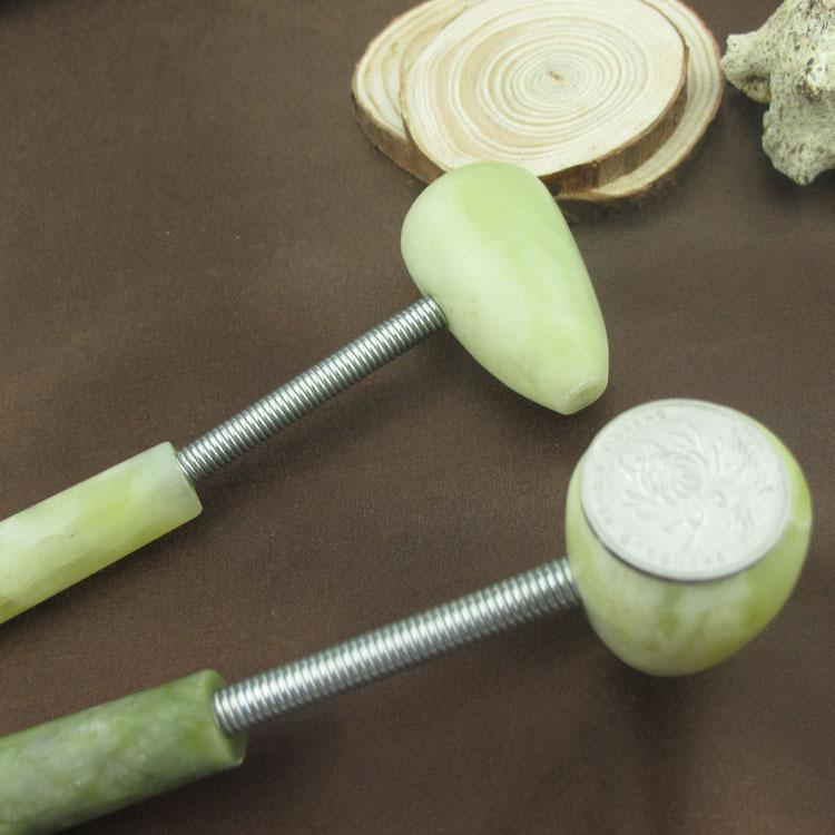 Jade Stone Handy Tool Atrás Cuello Cuerpo Golpe Masaje Martillo Herramientas Relax Masaje Belleza Herramientas de salud Verde