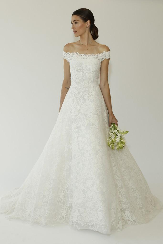 Discount oscar de la renta bridal dresses fall 2015 full lace oscar de la renta bridal dresses fall 2015 full lace wedding gowns off shoulder amal alamuddins junglespirit Choice Image