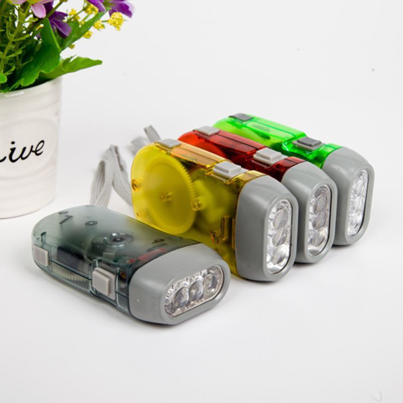 Ogłoszenia fabryczne, ciśnienie ręczne, trzy światła Ochrona środowiska, ciśnienie ręczne, wytwarzanie energii, Mini LED Plastic Latarka