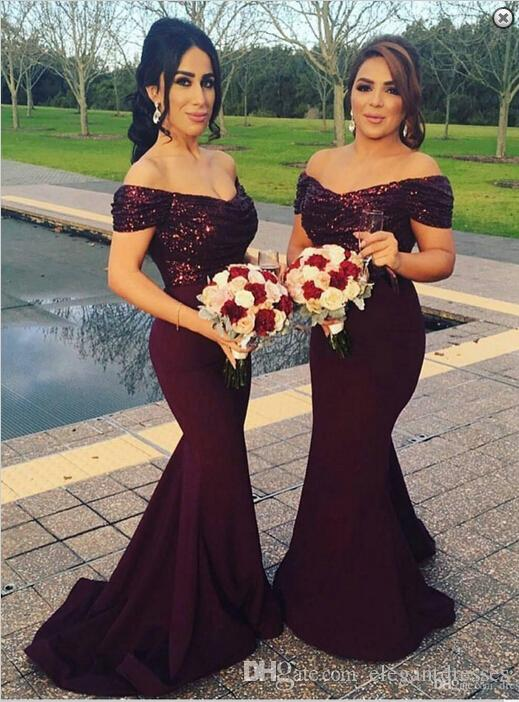 2021 Meerjungfrau Billig Burgund off Schulter plus Größe Lange Brautjungfer Kleider Saudi-Arabien lange Prom Kleider