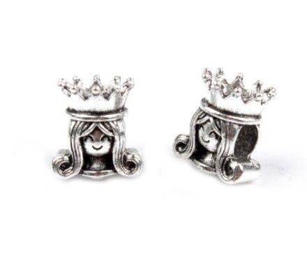 charm pandora regina