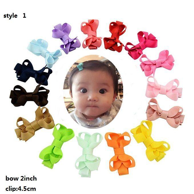 """4 Stile Disponibile! Bambino 2 """"Capelli Archi Clip Capelli per bambini Ragazze Abbigliamento Tiny Boutique Grosgrain Ribbon Baby Girls Barrettes 100pcs /"""