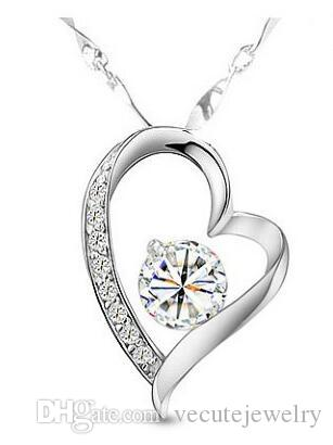 18K White Gold Plated Austrian Crystal Love Heart Necklace for Women Made With Swarovski Elements Diamond Statment Necklace Wedding Jewelry