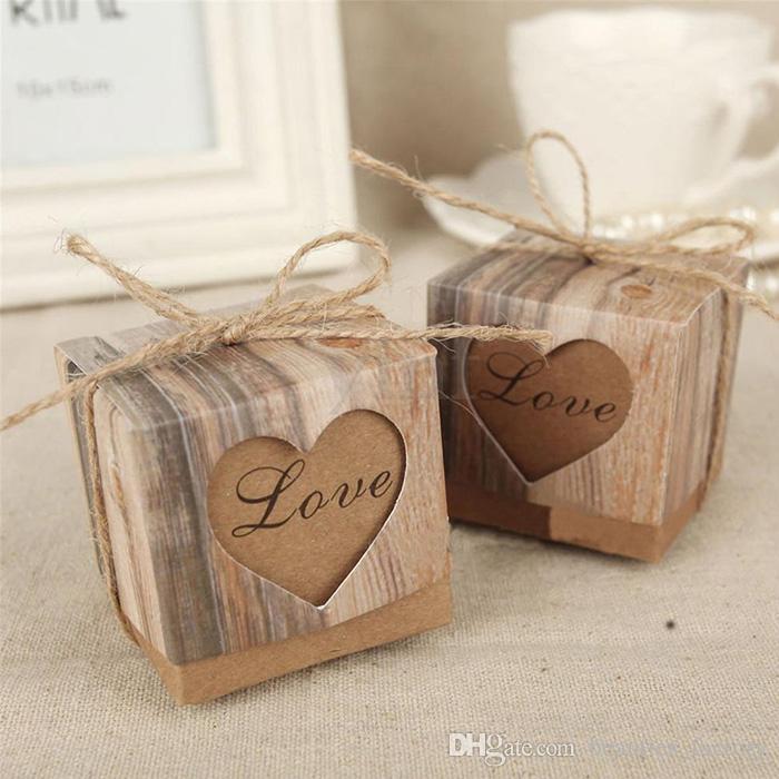 100pcs 심장 사랑 소박한 달콤한 사탕 상자 크래프트 종이 웨딩 파티 호의 선물 상자 파티 공급