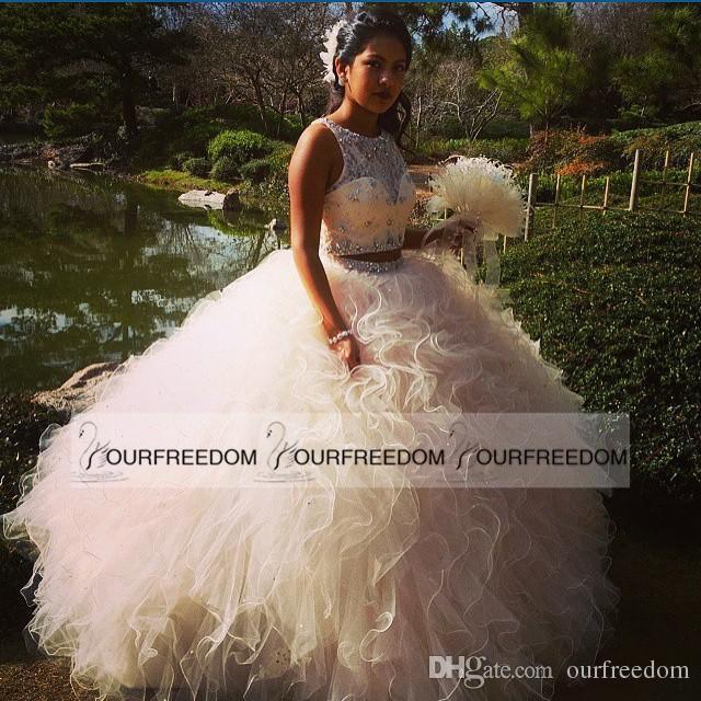 Deux Pièces Blush Rose Robes De Quinceanera 2019 Cristaux De Perles En Cascade De Volants Duveteux Douce 16 Robes De Soirée De Quinceanera