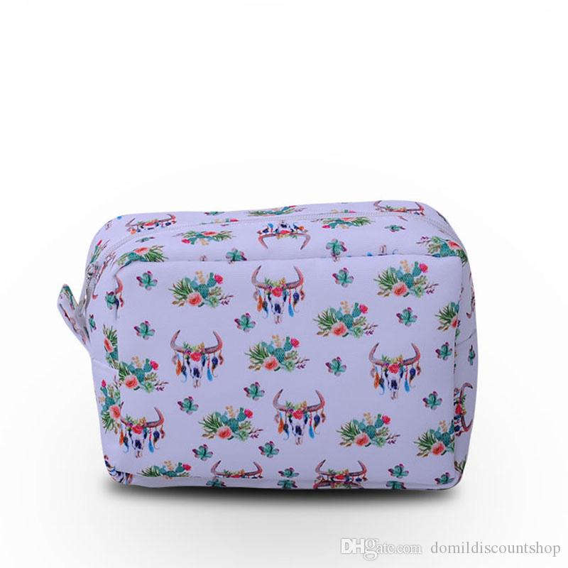 Bullskull Cactus Arrows Pattern Women Cosmetic Bag Make up Bag with Zipper Closure Polyester Material DOM103660