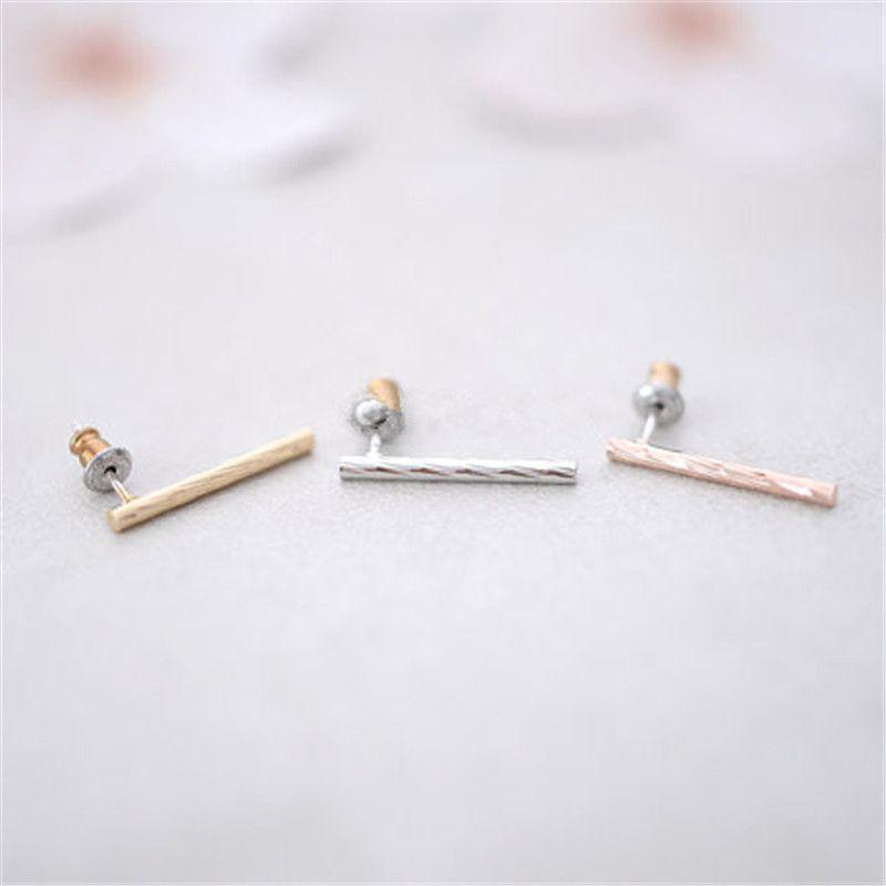 2016 nouvelle mode torsadée tige de liaison stud boucles d'oreilles en gros en alliage de zinc placage argent boucles d'oreilles pour les femmes