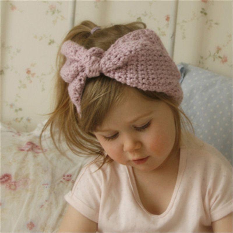 Düğme Dekor Kış Yenidoğan Bebek Kulak Isıtıcı Bow Baş Headwrap 10pcs ile INS Yeni Bebek Kız Moda Yün Tığ Kafa Örme Hairband