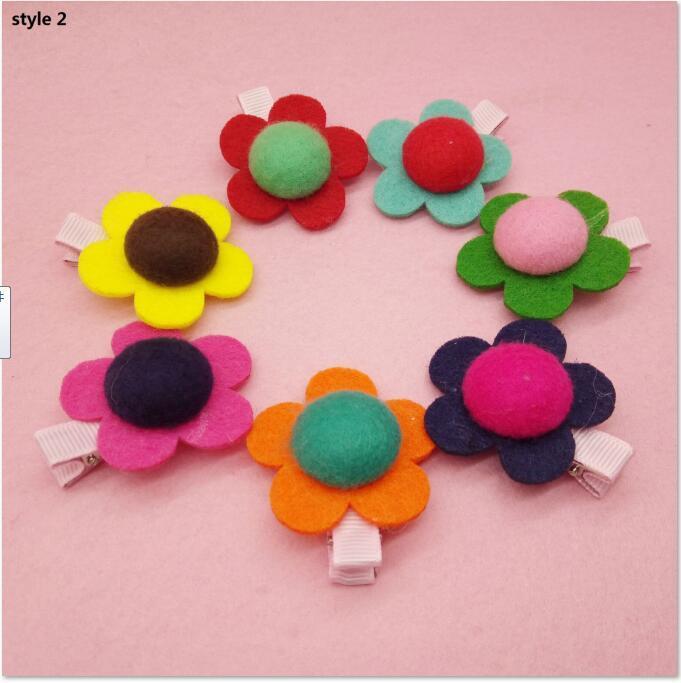 100 pz / lotto Nuovo arrivo Chic Tiny Wool Felt Flower Flower Capelli clip 2016 per bambini Hairpin per bambini accessori per capelli fai da te