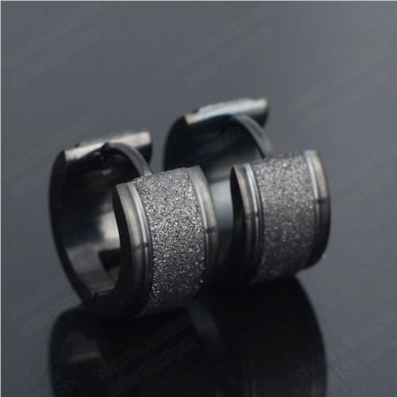 Gioielli punk vintage Orecchini in acciaio al titanio con piccoli orecchini a forma di teschio per uomo Donna Huggie Earings Unique Earing Jewellery