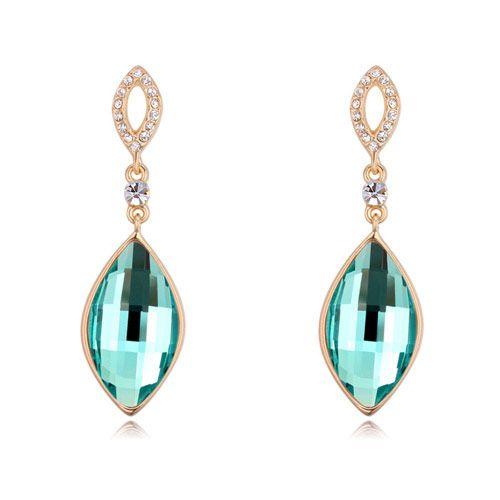 Diseño de venta de verano Importación de lujo cristal austriaco Noble gota de agua accesorios de joyería de oro de la manera real Encanto de la novia Stud pendientes para mujer