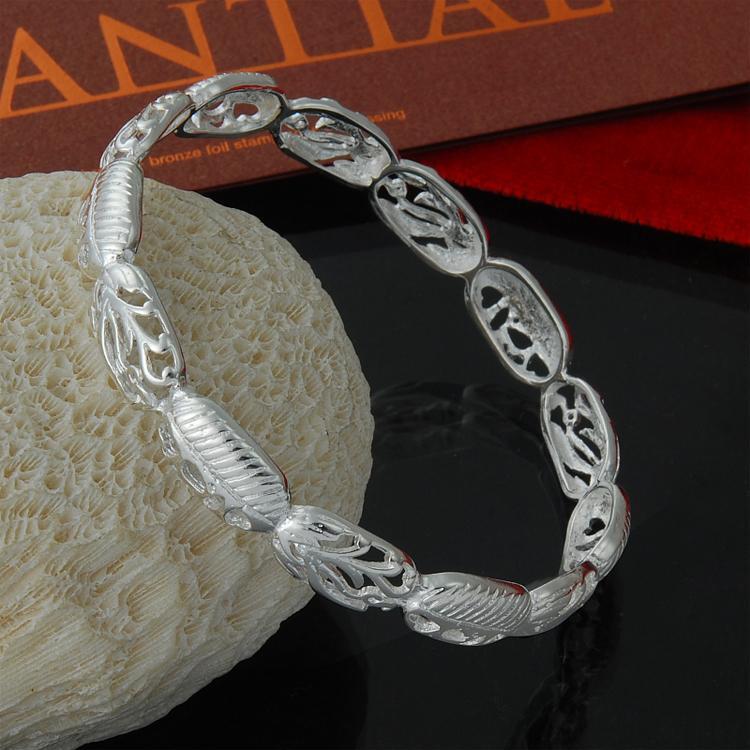 Venta al por mayor directa de fábrica 925 Brazalete de plata esterlina cerrada flor hueca deja la moda pulsera de plata para hombres mujeres