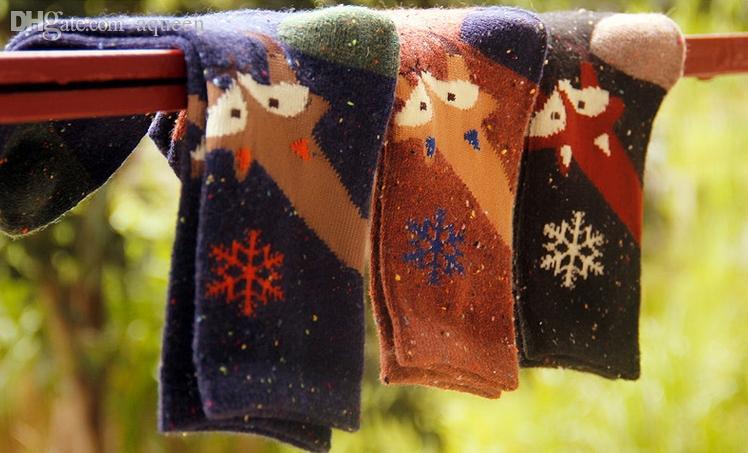 Al por mayor-Venta al por mayor de las mujeres de algodón de la mezcla de los calcetines del tobillo calcetines creativos Snowflake FOX SOCKS Corea marca calcetines clásicos de élite