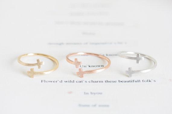 Hot fashion único anel cruz duplo - mulher de prata de anel de liga de zinco atacado pacote de correio feriado melhor presente
