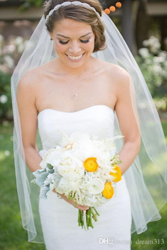 Лучшего качество Лучшие продажи Для Свадебных платьев Модельера Белого Кота Fingertipe Cut края Veil Mantilla вуали Люкса Головных уборов