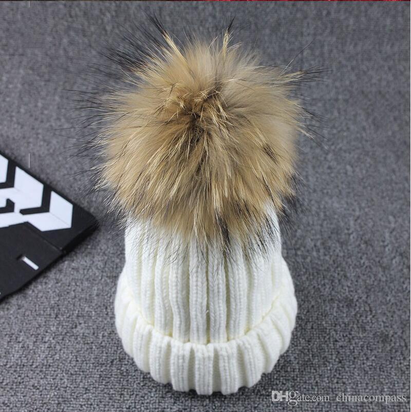 Commercio all'ingrosso lavorato a maglia reale sfera Berretti inverno per le donne Girl 'S cappello di lana cotone spesso femminile Cap