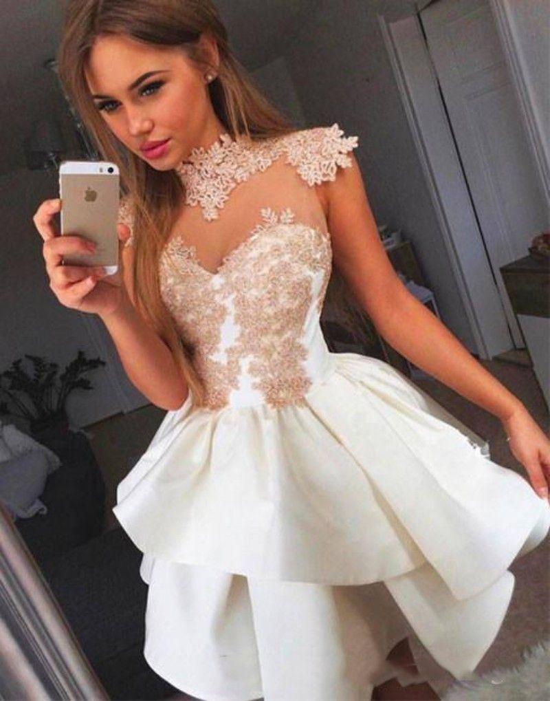 Kısa Mezuniyet Elbiseleri Yüksek Boyun Aplike Dantel Elbise 10 Petite Ruffles Mini Tatlı 16 Elbiseler Korse Arkaları