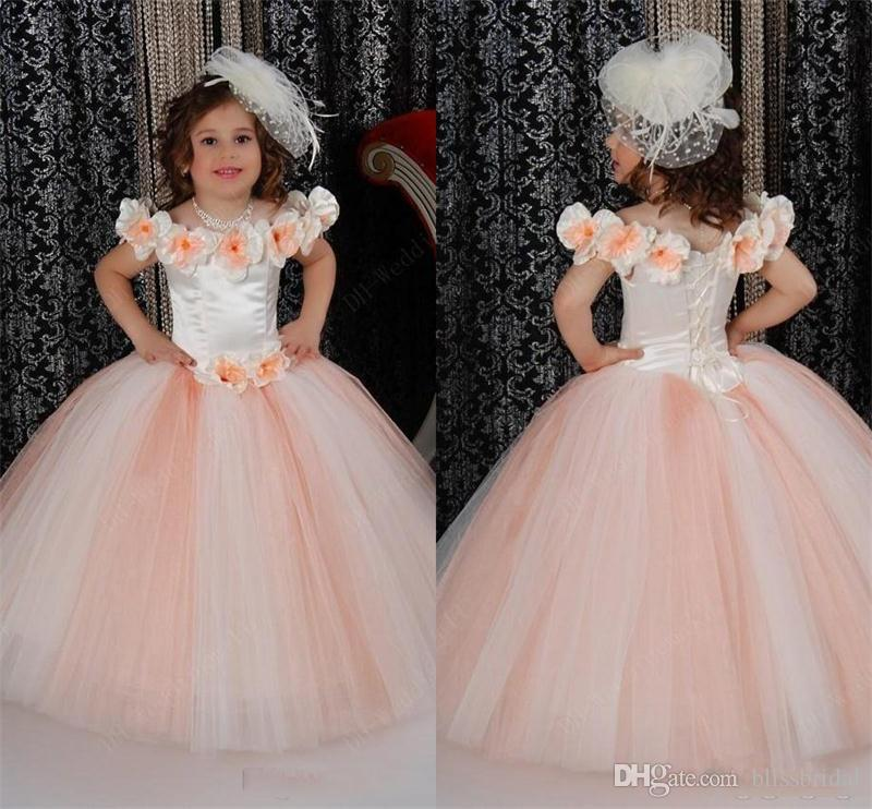 Hand Made Flower Girls Dresses Cute Satin Ruched Crew Neck 2017 First Communion Kids Gowns Off-the-Shoulder Floor Length Girls Party Dresses