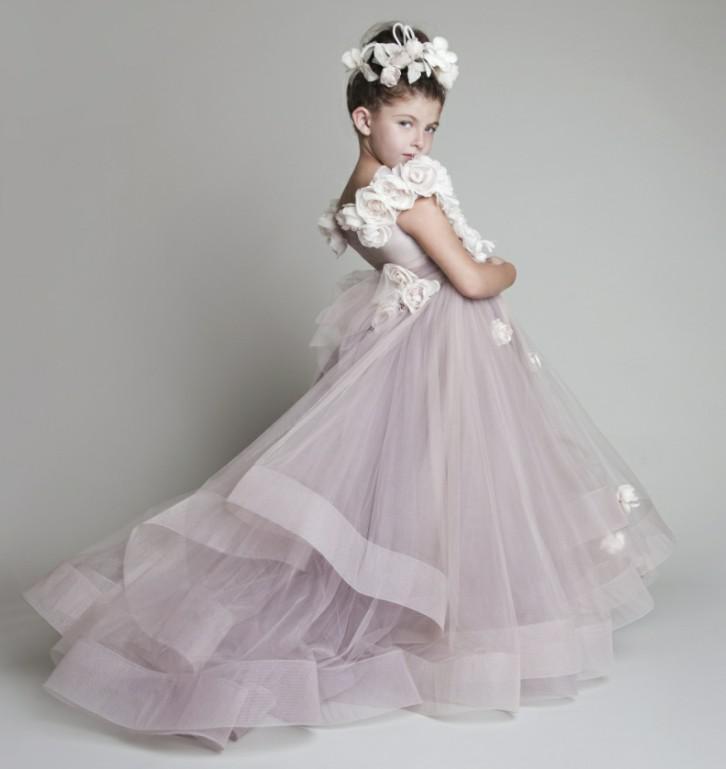 웨딩을위한 꽃의 소녀 드레스 새로운 튤레 수제 꽃을 뻗치고 한 어깨 미인 대회 작은 소녀를위한 멋쟁이 드레스 Glitz 키즈 댄스 파티 드레스