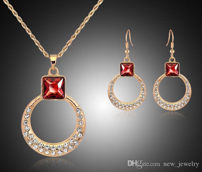 Hot European Ruby Rhinestone Ronde Sieraden Sets 18K Vergulde Kubieke Zirconia Oostenrijkse Crystal Hanger Kettingen Oorbellen Set