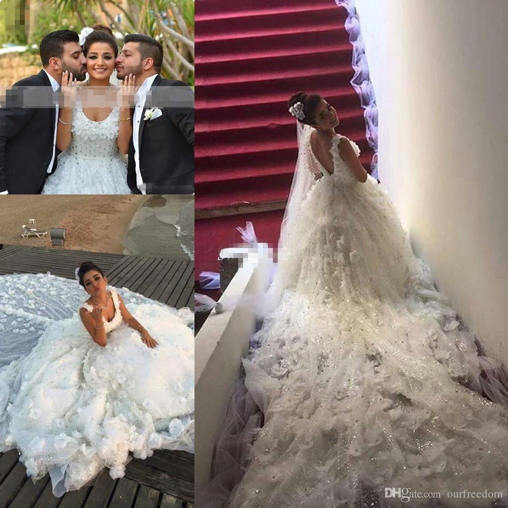 2019 Саудовская Аравия Кристалл Роскошные Цветы Свадебные Платья A-Line Кружева Из Бисера Винтаж Свадебные Платья Плюс Размер Свадебные Платья Noiva Собор Поезд
