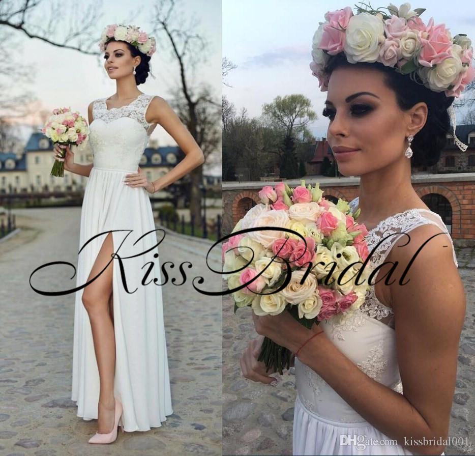 Simple Summer Beach Lace Wedding Dresses Split Jewel Neck Sleeveless Illusion Back Chiffon Wedding Reception Dress