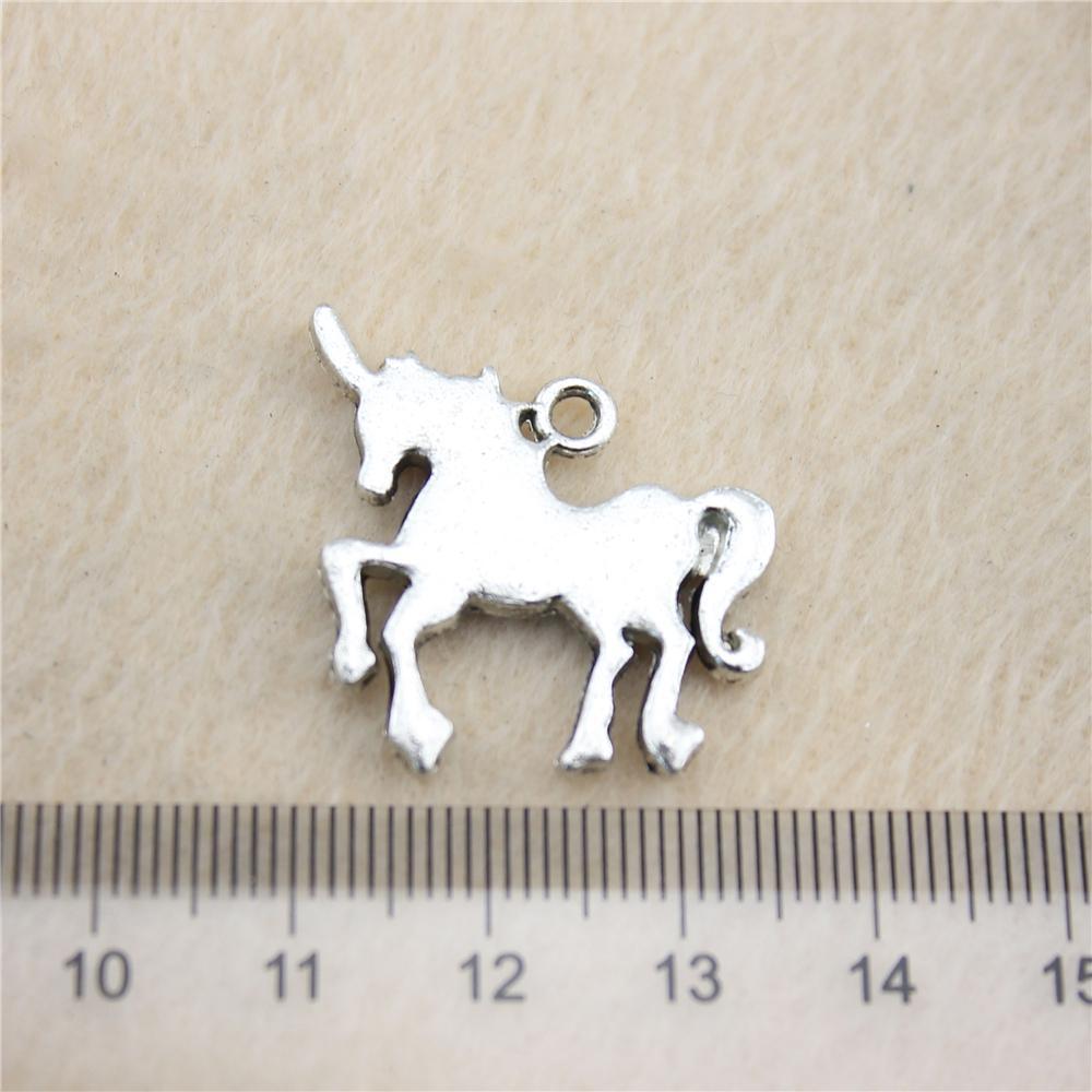 10 Adet 24 * 30mm antik Gümüş TonUnicorn Charms Çinko Alaşım DIY El Yapımı Takı Kolye Toptan