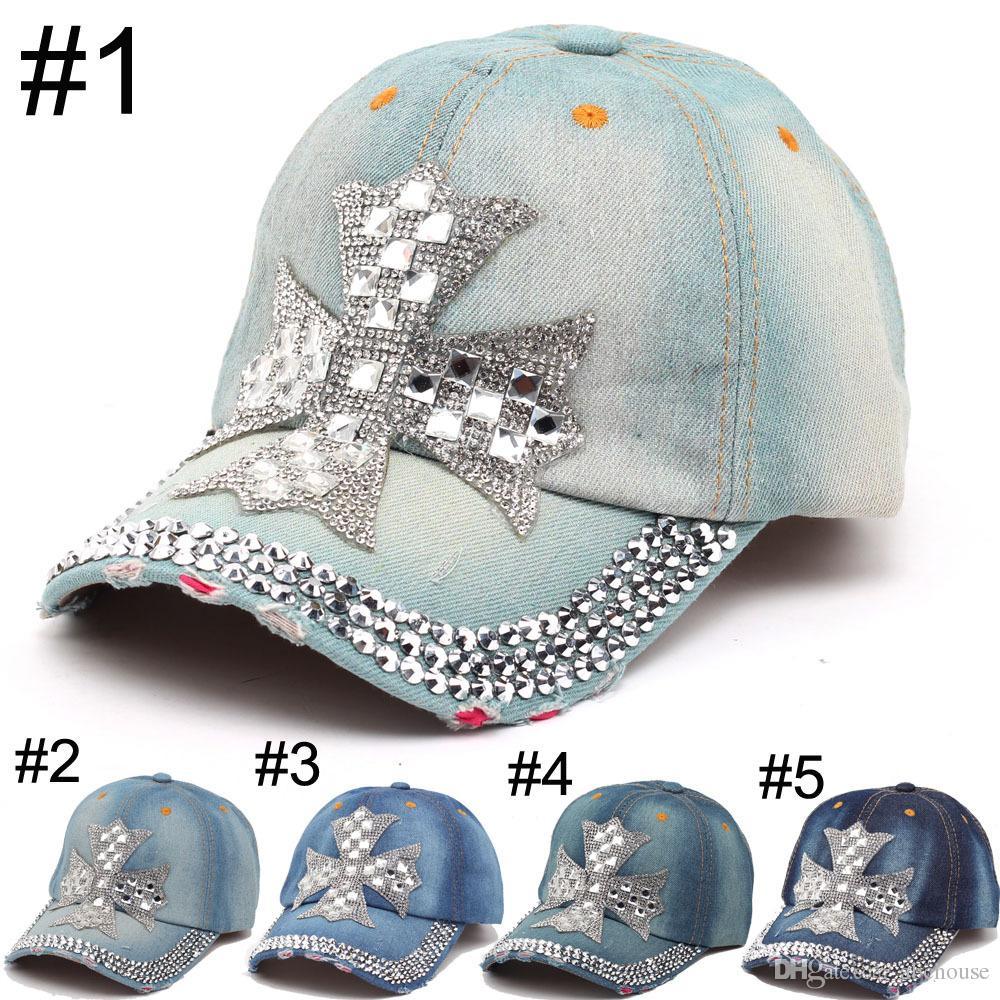 2016 Yaz Yeni Moda Tasarımcısı Çapraz Rhinestone Şapkalar Kadınlar Denim Güneş Şapka Süper Kalite Açık Spor Şapka Beyzbol Şapkaları Lady için Caps
