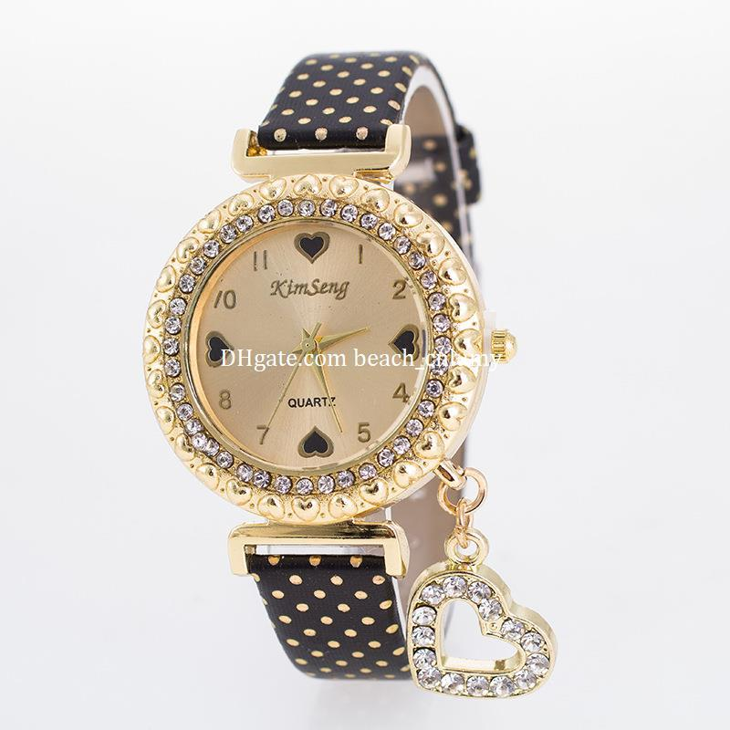 New Popular Ladies Women Watches Bracelets Peach Heart Pendant Quartz Bracelet Luxury Watches Diamonds Wristwatches Gift Fashion Accessories Best