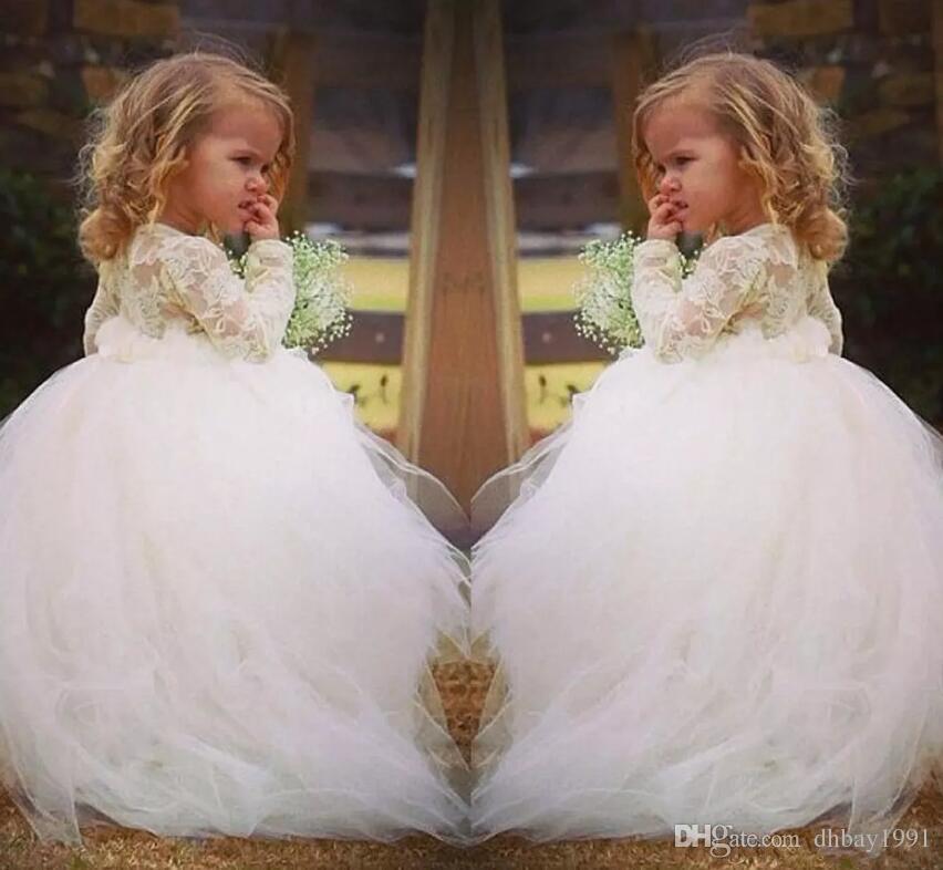 Vintage dentelle robes de fille de fleur manches longues princesse bijou dentelle corsage train train d'enfants longs pour les mariages