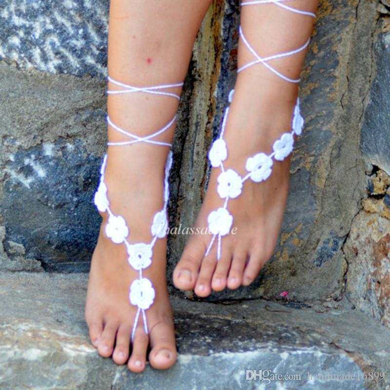 White Floral Barfuß Sandalen, Hochzeit Barfuß, Crochet Sandles, Nude Schuhe, Fuß Dekoration, Yoga, Fußschmuck, Fuß Riemen