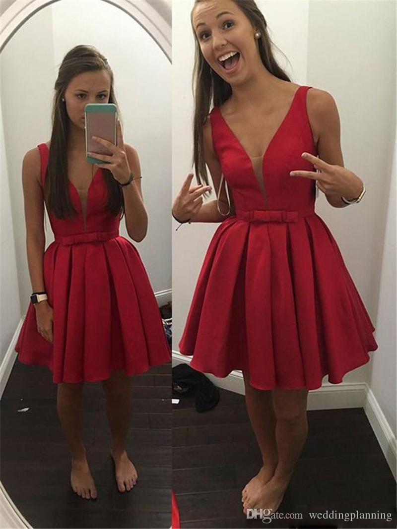 2017 günstige Sheer Deep V-ausschnitt Short Wed Guest Cocktailkleider Red Satin Drapierte Korsett Formale Spezielle Prom Party Kleider